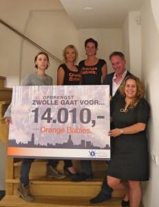 Cheque voor Zwolle gaat voor... Orange Babies.